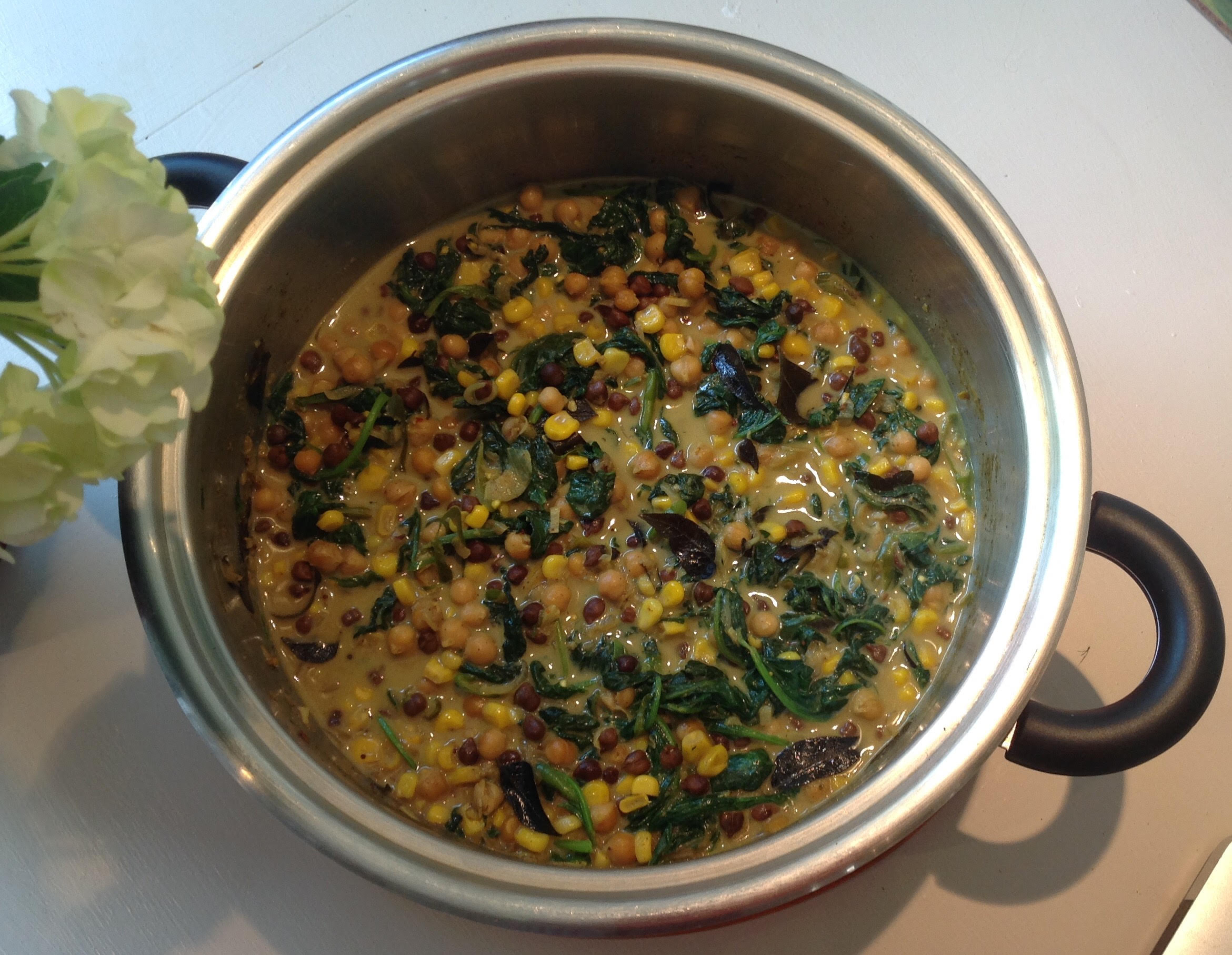 Bean Curry with Corn and Spinach
