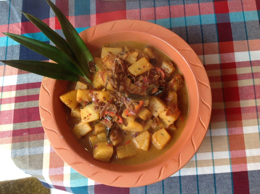 pineapple curry dish