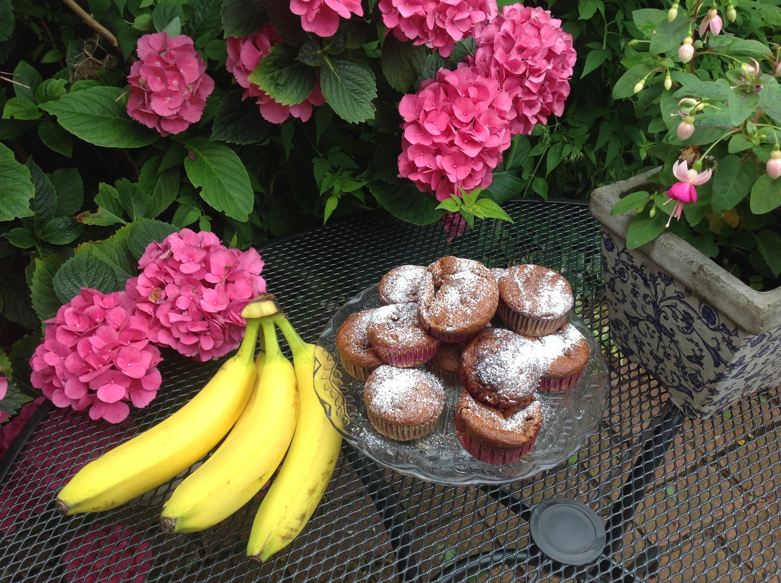 banana fritter cup cake